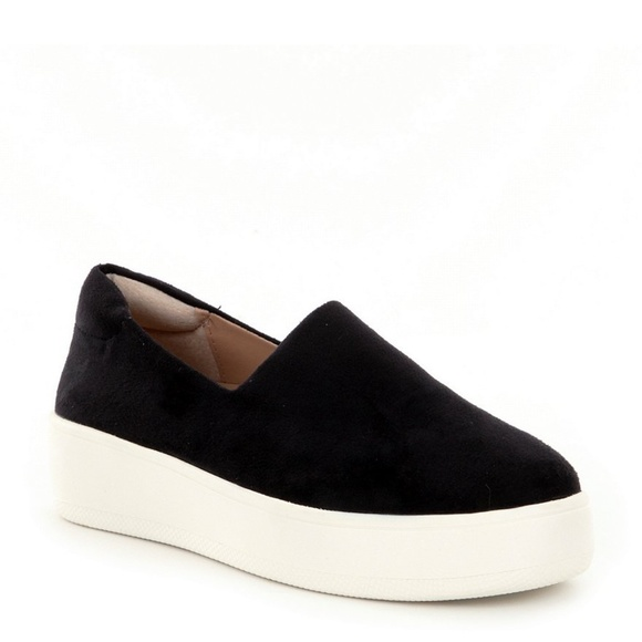 a75ec84100b Steven by Steve Madden Hilda Platform Sneaker. M 5b65eb2dd6dc521e9188b495